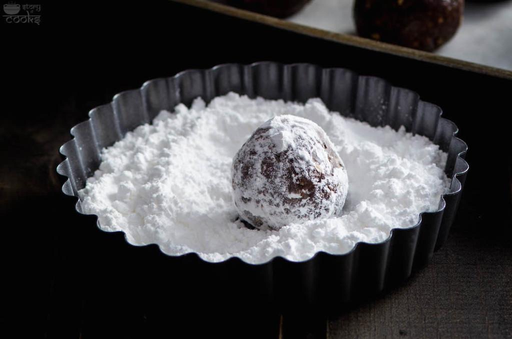 rumballs in sugar closeup