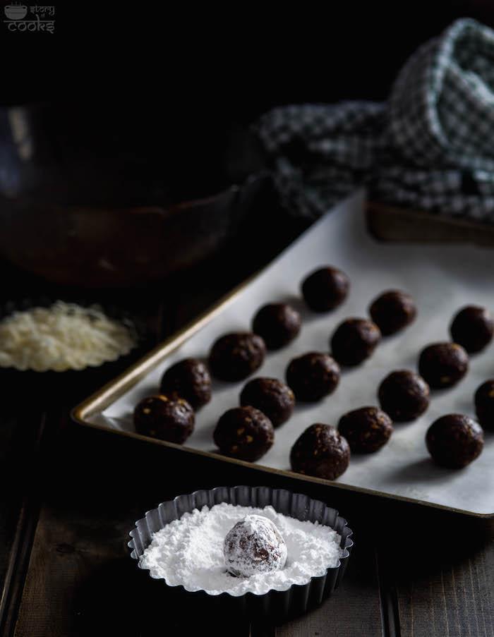 rumballs in sugar