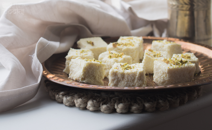 Pineapple Sondesh Featured Image